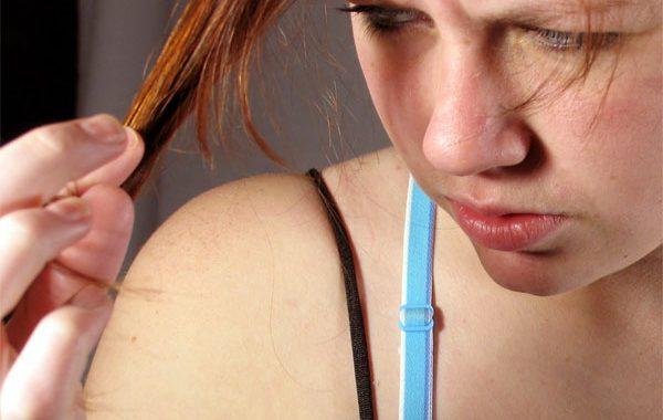 Biotin eksikliği saçları döküyor