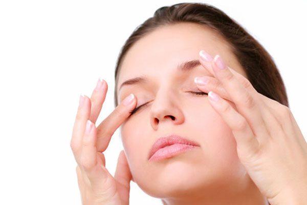 Şişmiş gözler için pratik çözümler