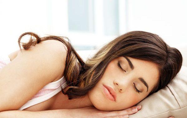 Zayıflamak isteyenler kaliteli uyumalı