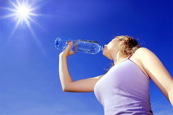 Selülitlerden su içerek kurtulun